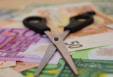 Photo of Wysokie pensje menedżerów zmniejszają efektywność pracowników.