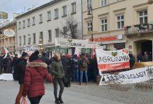 Photo of [Z ostatniej chwili] Agrounia zablokowała Nowy Świat w Warszawie!