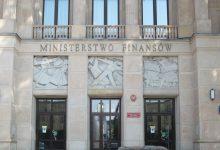 Photo of Ministerstwo Finansów chce ograniczyć płatności gotówką.