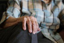 Photo of Mniejsze emerytury dla bezdzietnych? Nowy pomysł rządu?