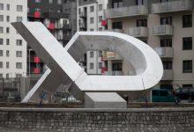 Photo of Sztuka nowoczesna, czyli pomnik XD za 10 tysięcy