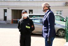 Photo of Obowiązkowe zakrywanie ust i nosa już od czwartku. Znamy szczegóły rozporządzenia