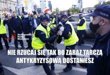 Photo of Warszawa: Trwa kolejny Strajk Przedsiębiorców! Policja blokuje przemarsz. [RELACJA]