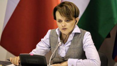 Photo of Emilewicz: Rząd nie planuje przedłużania programów pomocowych dla firm