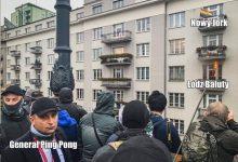 Photo of Marsz Niepodległości 2020: Podpalone mieszkanie, bitwa pod Empikiem i atak lewackich rowerów