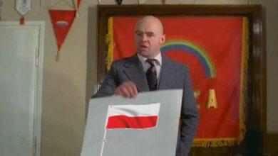 Photo of Rząd wyda 6 milionów złotych z funduszu na walkę z COVID-19 na… maszty na flagi Polski