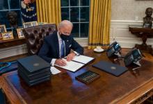 """Photo of Joe Biden usunął """"czerwony przycisk"""", którym Trump… zamawiał Coca-Colę"""