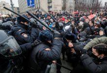 Photo of Masowe protesty w Rosji. Zatrzymano już ponad 3 tysiące osób!