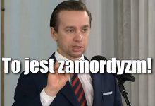"""Photo of Krzysztof Bosak krytykuje podatek od reklam: """"Nie ma zgody na zamordyzm rządu PiS"""""""