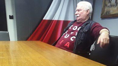 Photo of Lech Wałęsa narzeka, że 6 tysięcy złotych emerytury nie starcza mu na życie