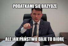 Photo of Sławomir Mentzen podatków nie lubi, ale z pomocy publicznej chętnie korzysta