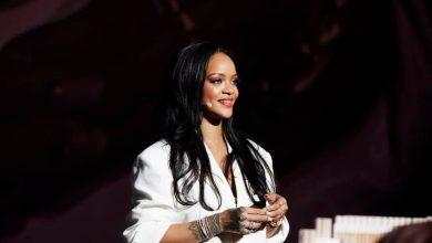 Photo of Rihanna została miliarderką i najbogatszą piosenkarką świata!