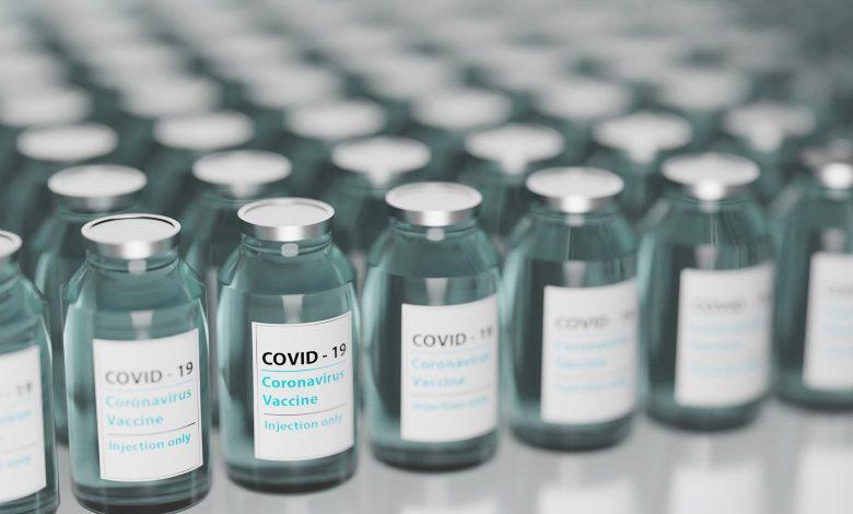 Szczepionka Pfizer w pełni zaakceptowana przez FDA