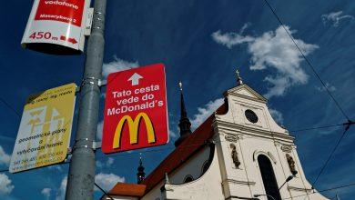 Photo of Rosjanka pozwała McDonald`s, bo zjadła burgera podczas Wielkiego Postu