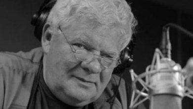 Photo of Tomasz Knapik nie żyje. Najpopularniejszy lektor w Polsce miał 77 lat