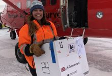 Photo of Szczepionka na COVID AstraZeneca dotarła na Antarktydę
