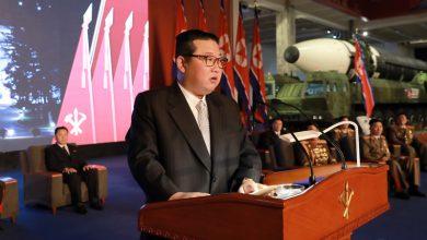 """Photo of Kim Jong-un chce zbudować """"niezwyciężoną armię""""! Jest się czego bać?"""